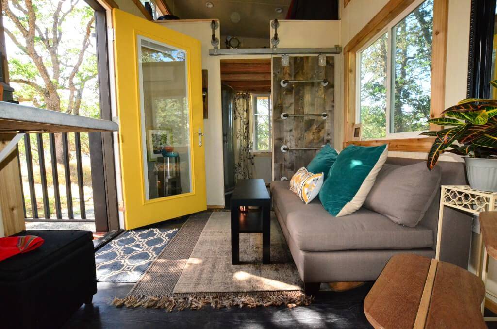 tiny house living room bright and airy - Tiny House Trailer Interior